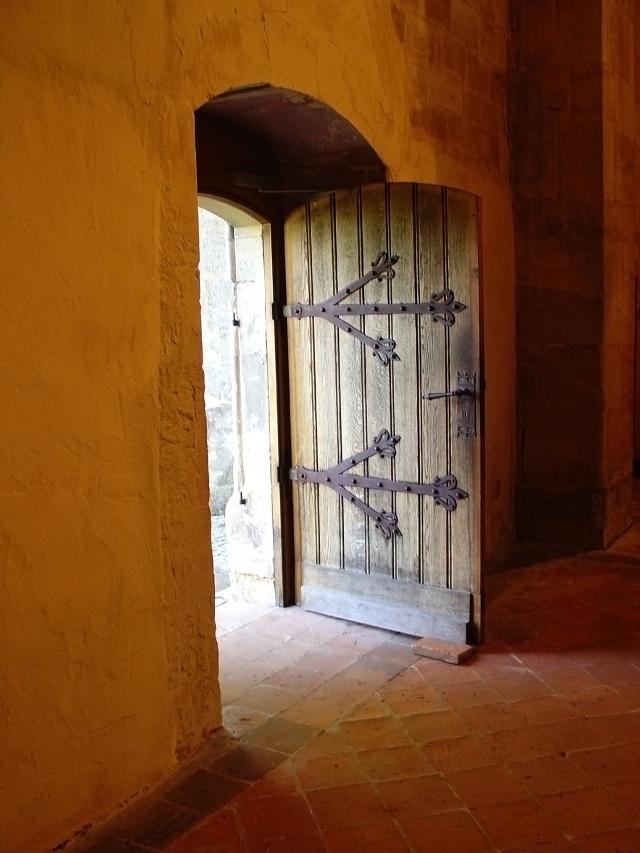 Open Door 01